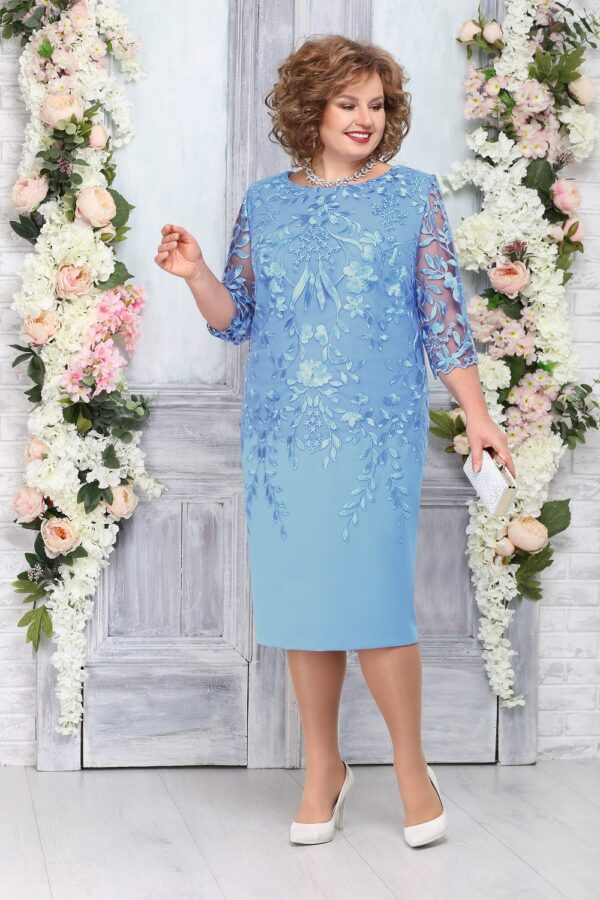 Платье с кружевом и вышивкой голубое NINELE 5753 купить