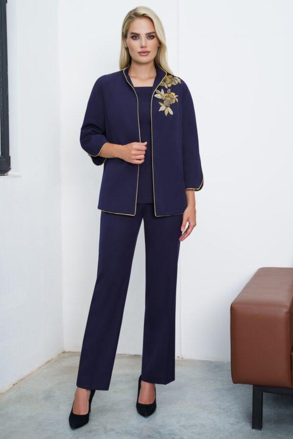 Костюм брючный женский синий с вышивкой URS 21-636 купить